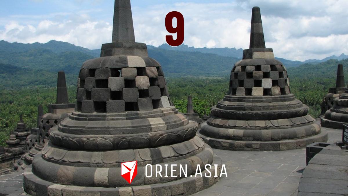 Advent calendar 2020: 9. Borobudur, Indonesia